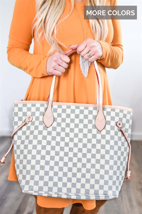 Picture of Timeless Checkered Purse